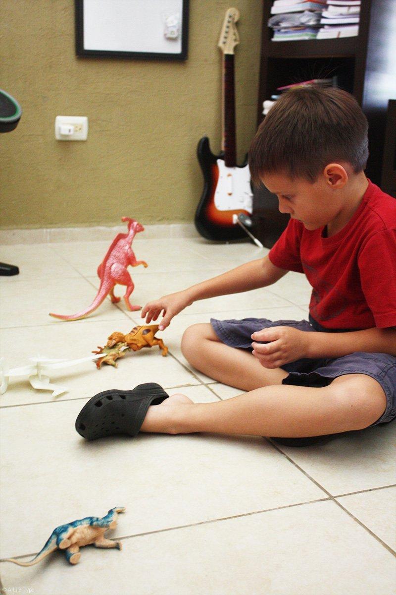 jugando-con-dinosaurios